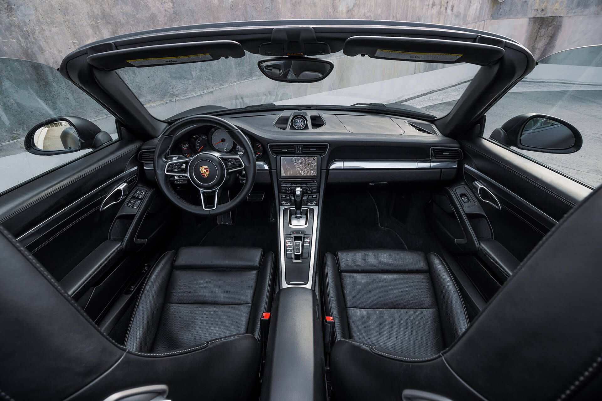 Porsche 911 Carrera 4S Cabrio MK1