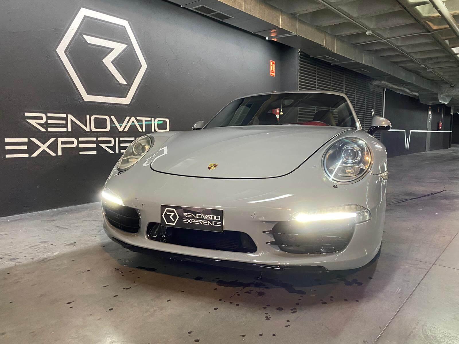 Porsche 911 Carrera Grey Nardo